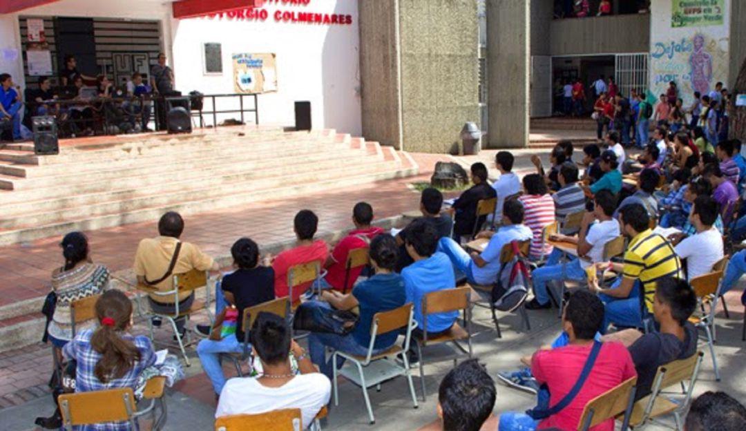 Estudiantes Universidad Francisco de Paula Santander.