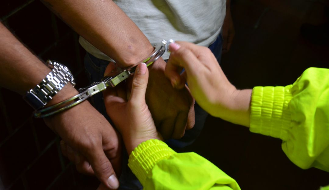 CAPTURA, CAPARRAPOS, BAJO CAUCA, EJÉRCITO, ANTIOQUIA, BANDAS CRIMINALES: Capturan a alias el ratón, segundo al mando de los caparrapos