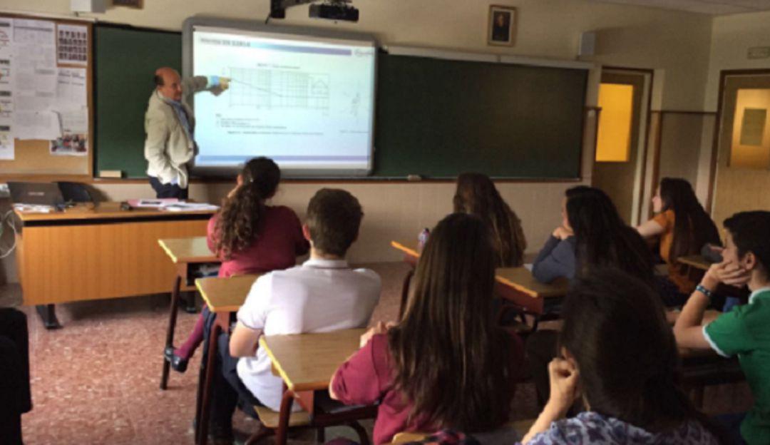 EDUCACIÓN, AÑO ACADÉMICO, ANTIOQUIA, ESTUDIANTES, PROFESORES: 411 mil estudiantes inician clases en Antioquia