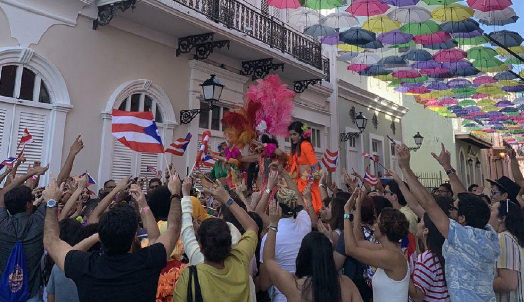 .Bad Bunny y Jimmy Fallon alborotan las calles de Puerto Rico.