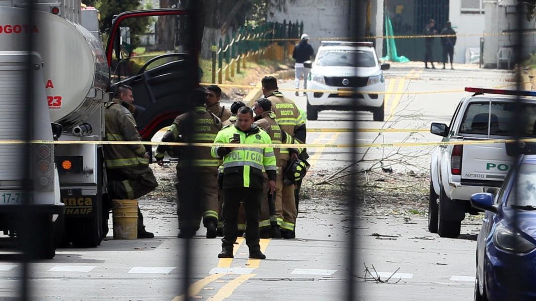 Esto fue lo que sucedió y cómo entró la camioneta a Escuela de la Policía