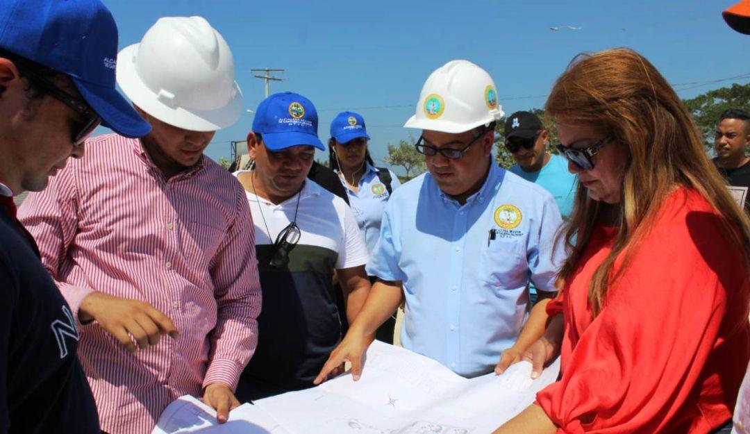 Inspeccionan obras para la niñez en Cartagena: Inspeccionan obras para la niñez en Cartagena