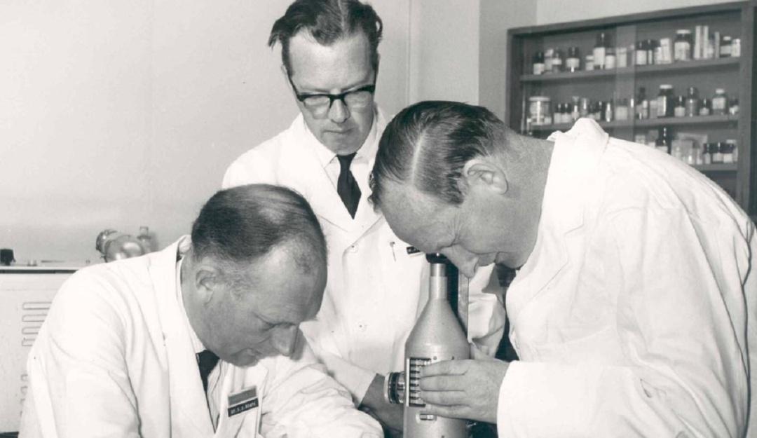 Stewart Adams muere: Fallece creador del ibuprofeno