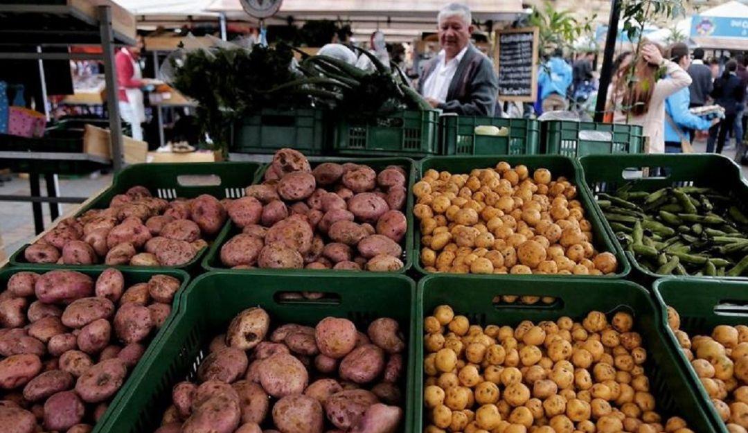 mercados: Vamos a mercar: limón, papa criolla y tomate están a la baja