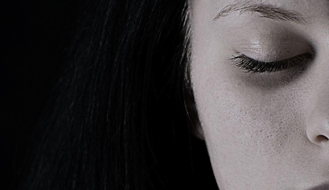 Alimentos que reducen los síntomas de depresión: Cómo alimentarse cuando está extremadamente deprimido