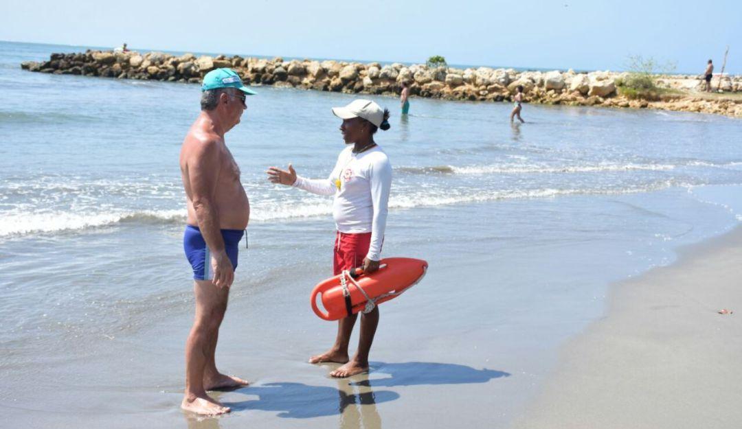 Playas Salvavidas Seguridad Cartagena: Cartagena aumentará a 70 el número de salvavidas