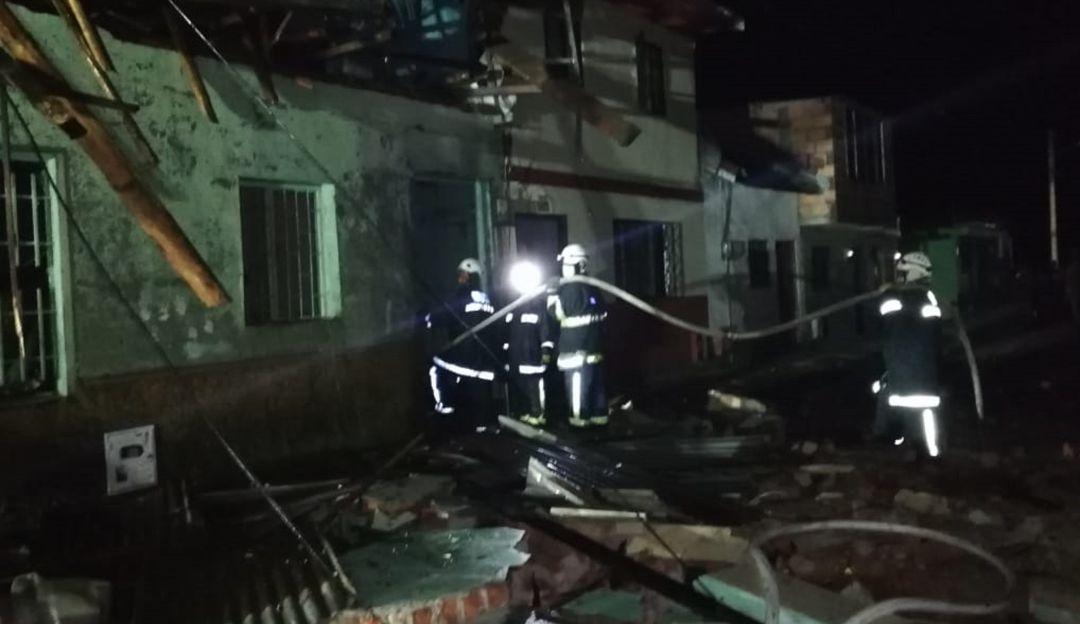 Pólvora, explosión, Tolima: Fuerte explosión en Tolima deja viviendas sin energía eléctrica