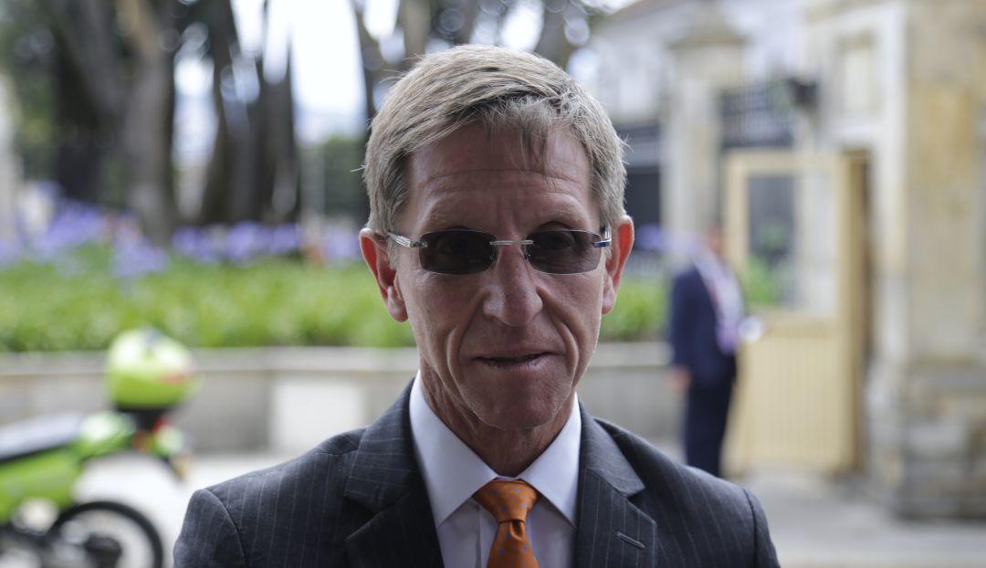 Farc: Gobierno niega que se levantara de la mesa de la CSIVI