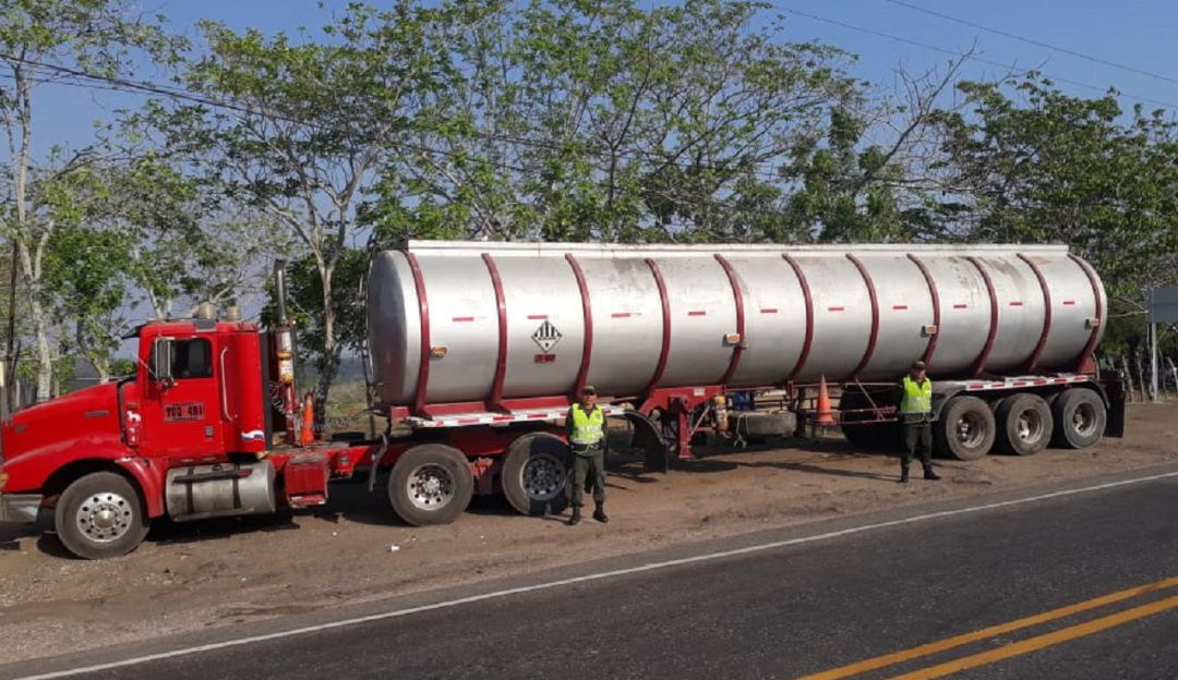 Contrabando: Policía incauta 35 toneladas de aceite de palma, al parecer, ilegal