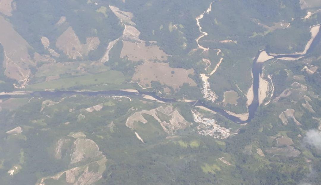 Atentado ELN: Emergencia ambiental tras atentado contra oleoducto Caño Limón Coveñas