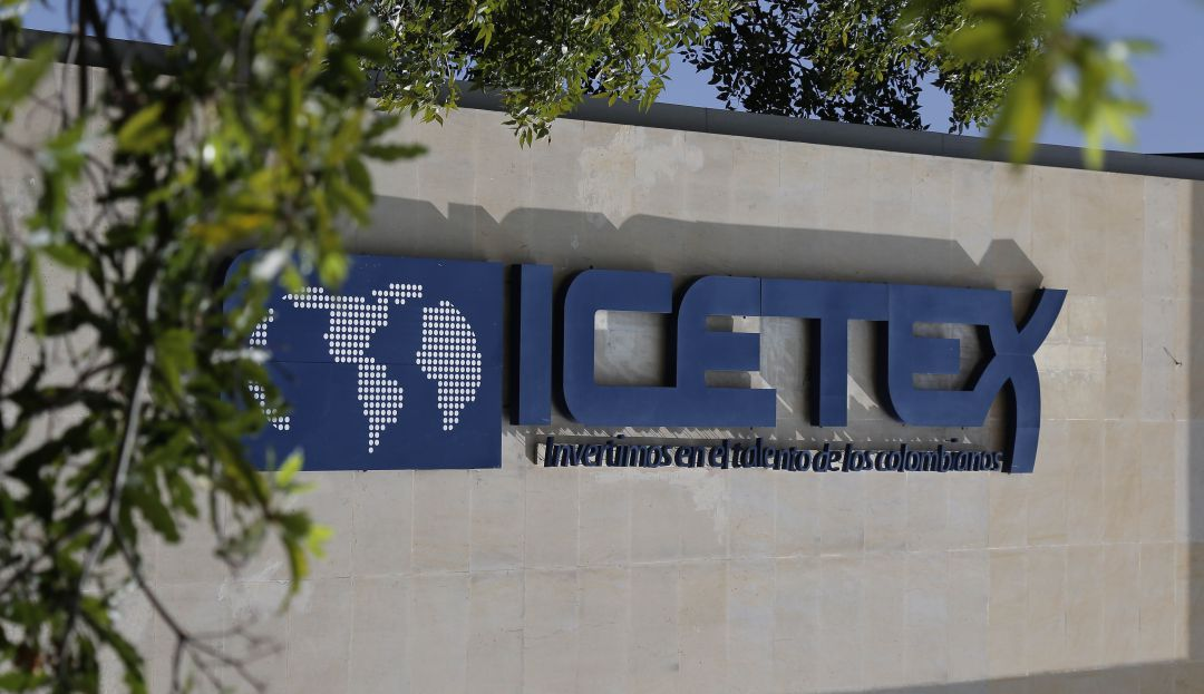 Educación: Por falta de giros de ICETEX, Pilos Paga aplazarían semestre