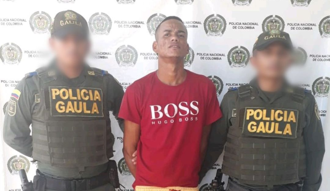 "Alias Ado captura extorsión Bolívar Magangué: En Bolívar capturan a alias ""Ado"" por pedir dinero para no publicar fotos"