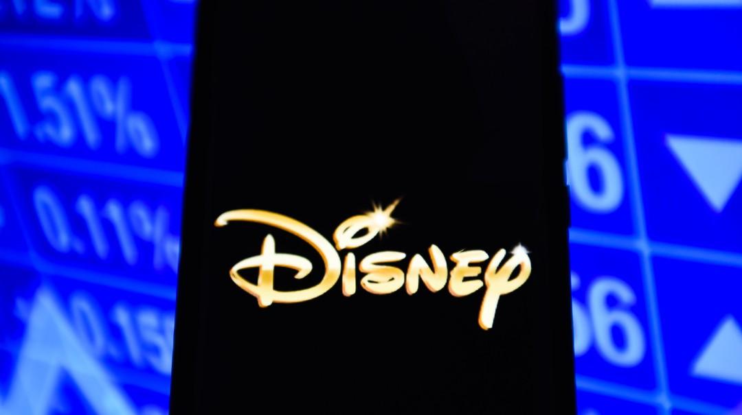 Compra de Fox por parte de Disney cobra su primera víctima
