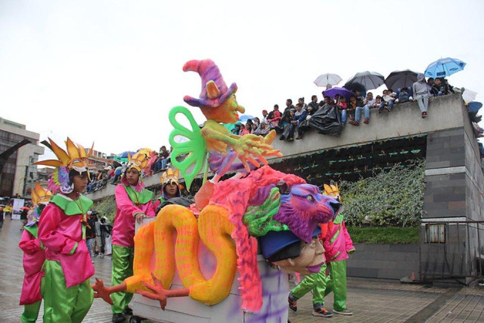 [En fotos] Comenzó el Carnaval de Negros y Blancos