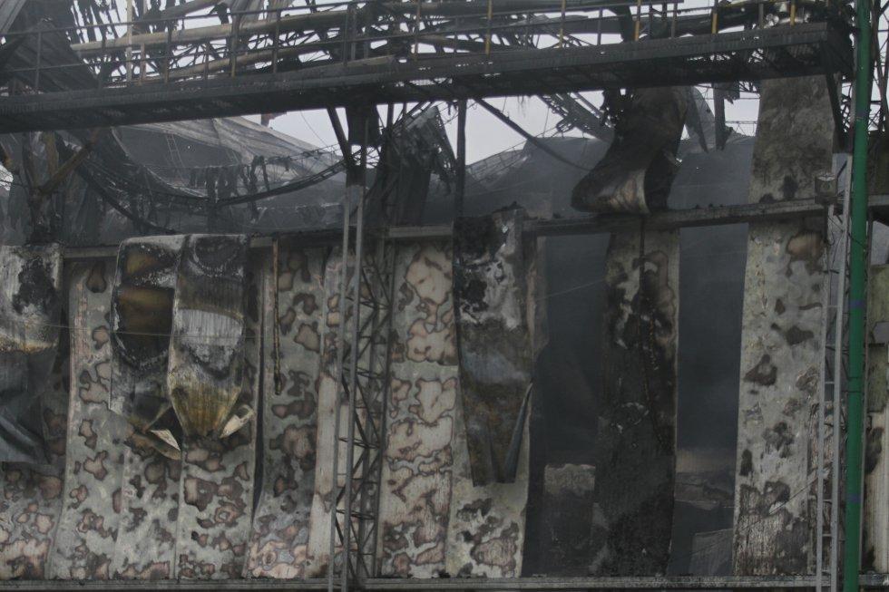 El incendio se presentó en una fabrica de embutidos cárnicos.