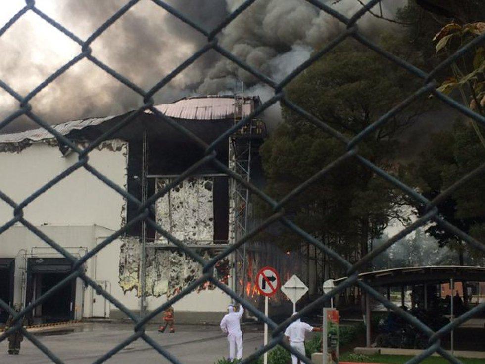 Usuarios en redes sociales también denunciaron que los incendios se han vuelto muy comunes en la zona, y piden mayor control de las autoridades