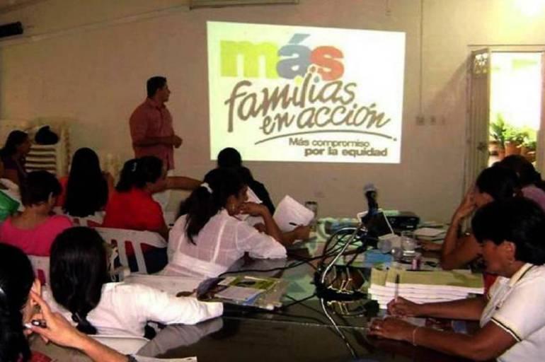 """Resultado de imagen para programa mas familias en accion"""""""