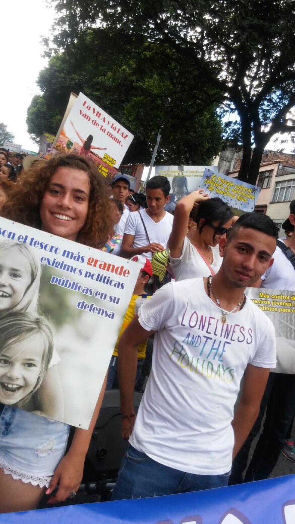 Los jóvenes también se sumaron a la marcha por la vida