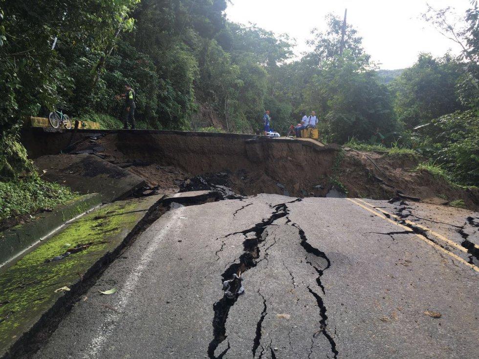 Emergencia en vía Sogamoso-Aguazul dejará incomunicados a Boyacá y Casanare al menos 5 días: [Fotos] Emergencia en vía Sogamoso-Aguazul dejará incomunicados a Boyacá y Casanare al menos 5 días
