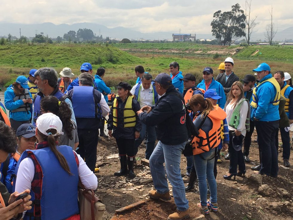 Esta medida estaría dirigida a los propietarios de ganados por afectar los trabajos de recuperación del afluente
