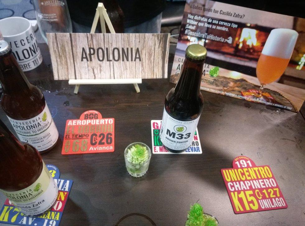 Apolonia, otra de las locales que le apuntó a un look muy urbano para conquistar clientes.