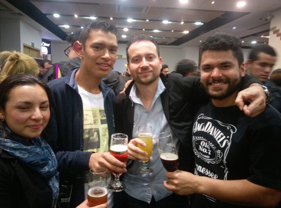 El festival fue un espacio para conocer amigos al rededor de la cultura de la cerveza.