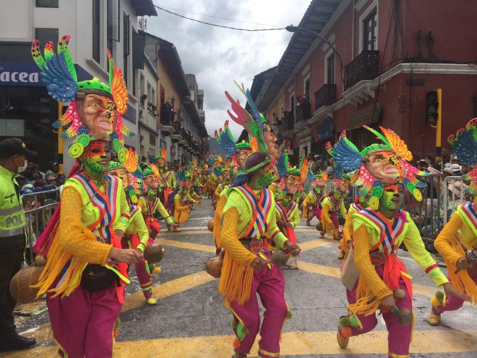 Música y color a lo largo de los 7 km de del sendero del Carnaval
