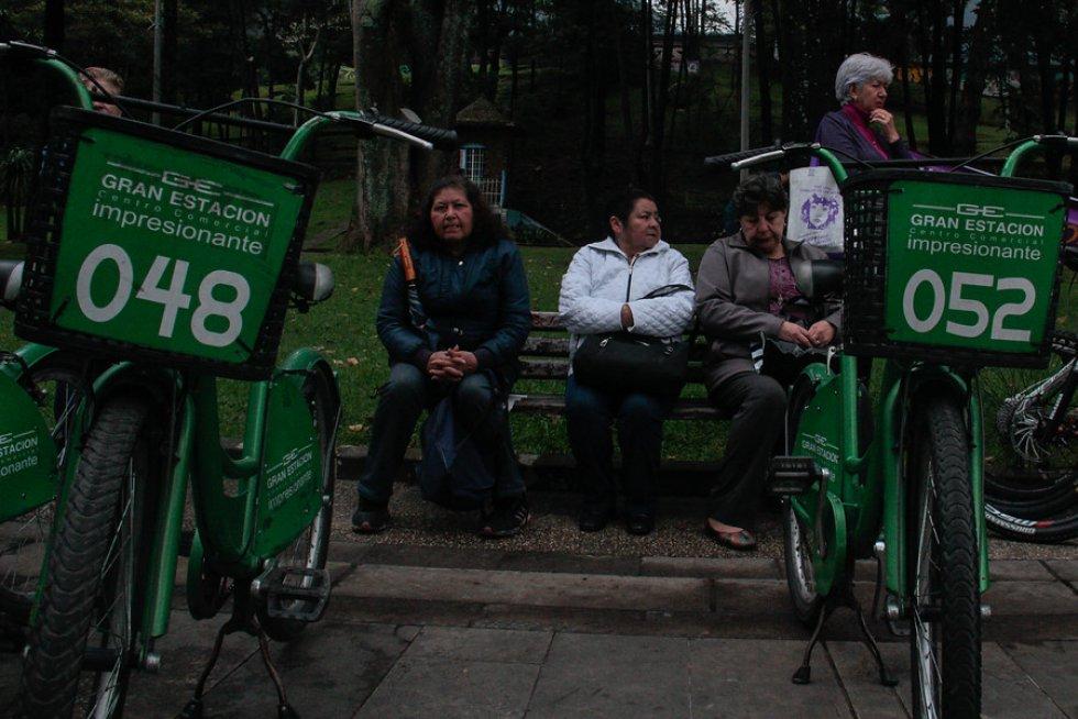 A propósito del Día Internacional de la Mujer, hoy 8 de marzo, por Chapinero se realizó un paseo en bicicletas en el que personas defendieron los derechos de las mujeres.