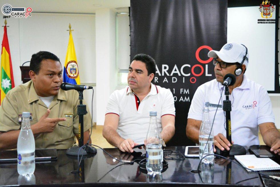 Capitán de Fragata, German Escobar, Comandante del Puerto de Barranquilla; Carlos Rosado, Director del Cámara Colombiana de Infraestructura Seccional Norte y Martín Tapias, Director del Servicio Informativo Regional de Caracol Radio.
