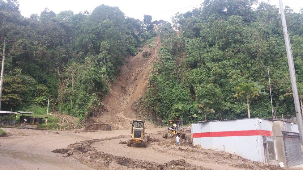 Manizales: Tragedia en Manizales: FOTOGALRÍA: Así luce Manizales dos días despúes del guerte aguacero que provocó la tragedia