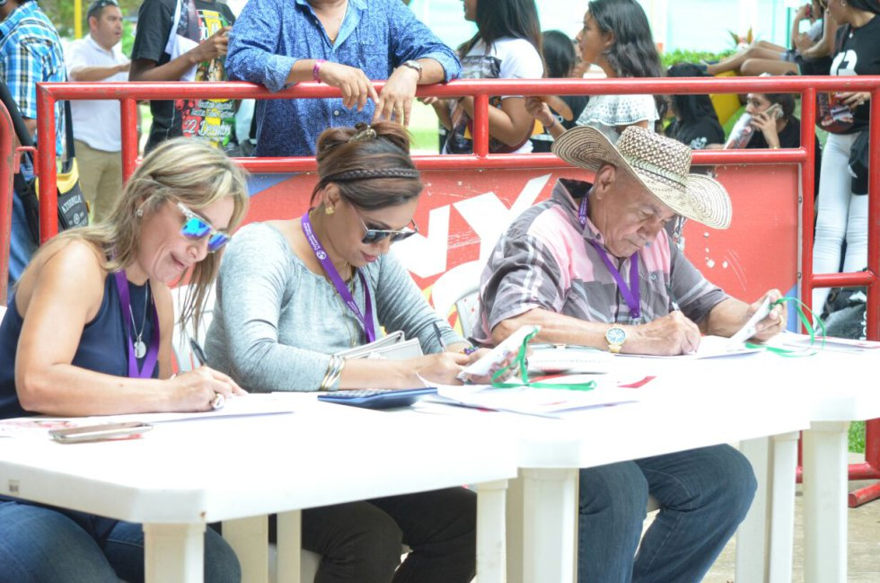 En el escenario del Parque El Helado 57 jóvenes mostraron su talento.