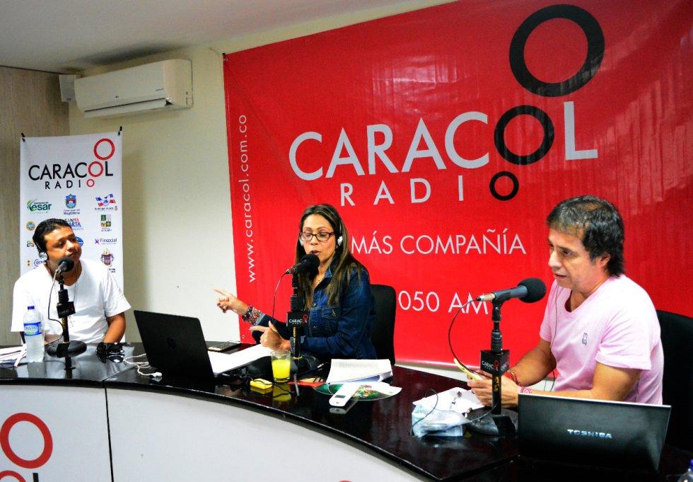 Rafael Santos, 'El turpial Díaz', con Érika Fontalvo y César Augusto Londoño.