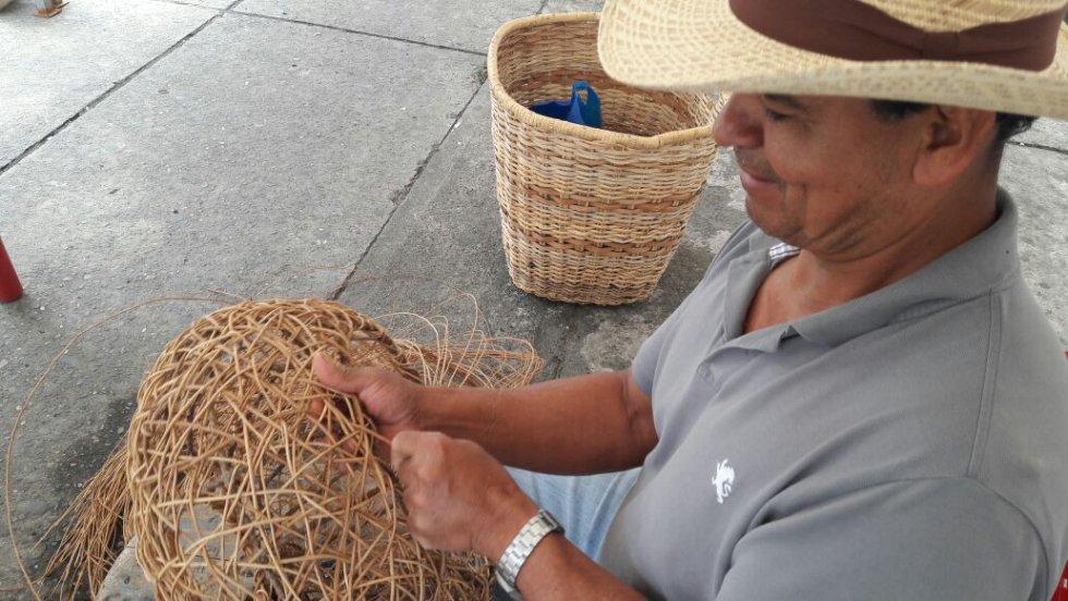 Daniel José Melchor reconocido artesano de Filandia