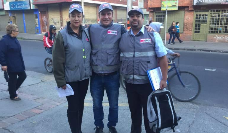 En los zapatos de un encuestador del Dane: Así es el trabajo de un encuestador en Bogotá | Bogotá | Caracol Radio