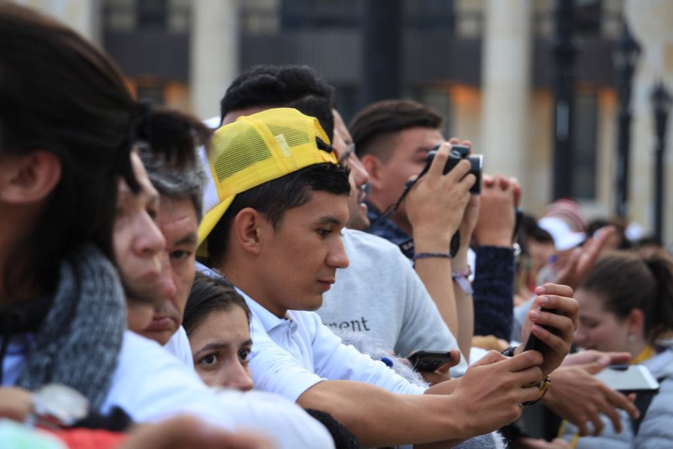 Los feligreses esperan con ansias el encuentro espiritual con el papa Francisco