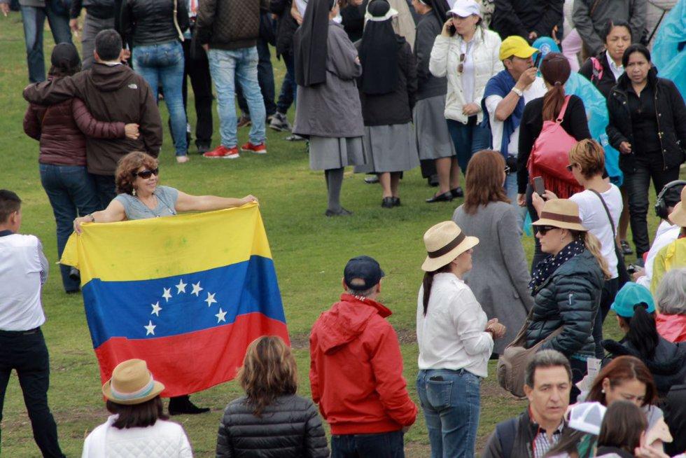 No solo colombianos se hicieron presentes en el Simón Bolívar.
