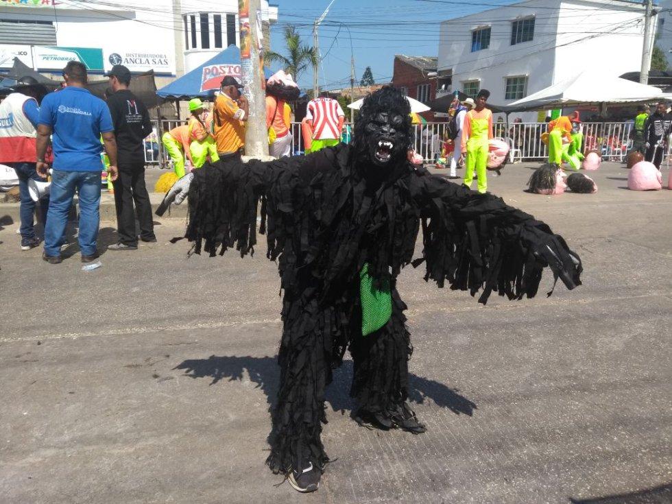 Los asistentes disfrutan de la majestuosidad de la labor que hacen los actores y hacedores de esta fiesta del Caribe colombiano