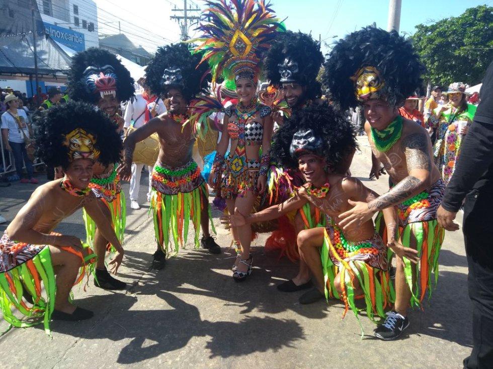 La reina Valeria Abuchaibe en la Gran Parada de Tradición del Carnaval
