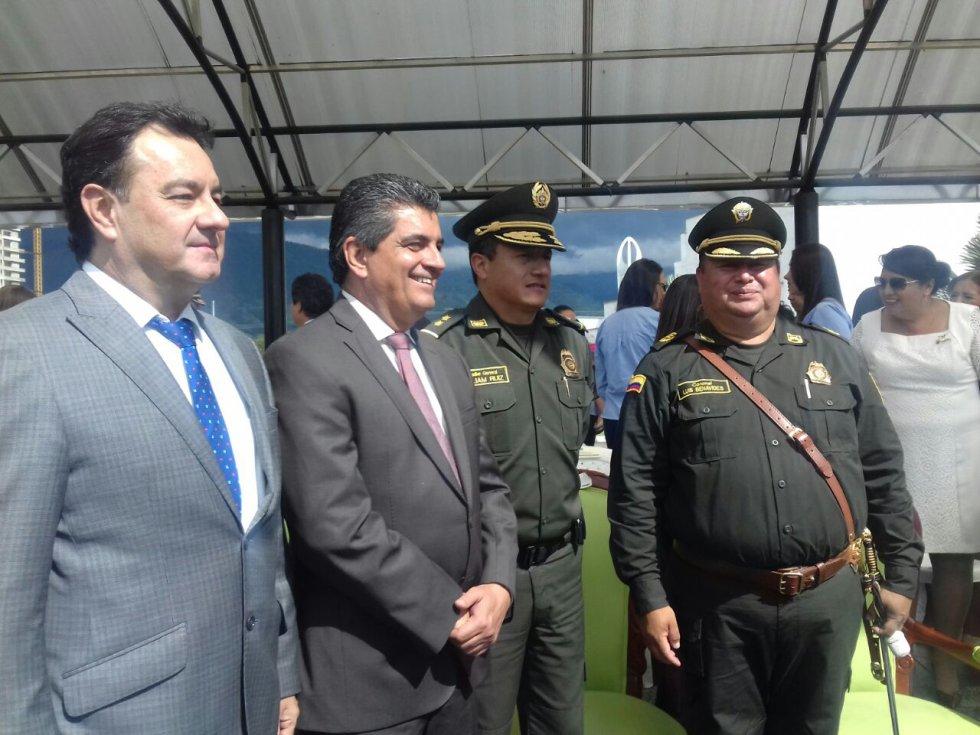 Alcalde de Armenia, Gobernador del Quindío, director policía eje cafetero y nuevo comandante policía Quindío