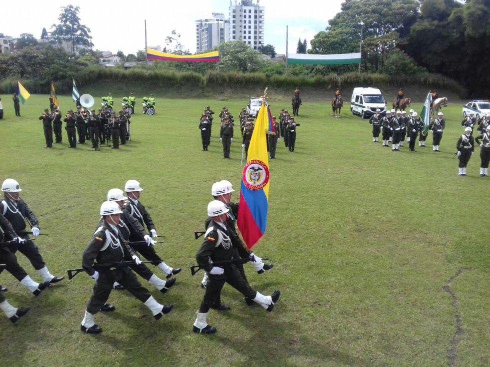 Honores al nuevo comandante de la policía Quindío