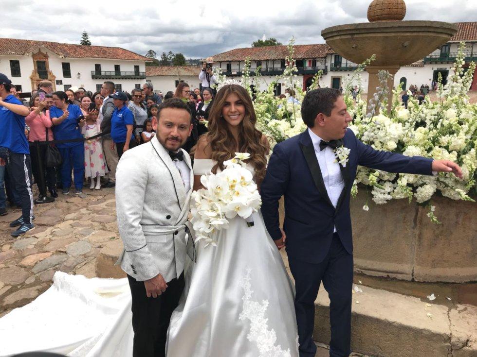 Caracol Radio conoció que la empresaria organizadora de la boda tuvo que alquilar la plaza pública cuyo costo habría ascendido a más de 6 millones de pesos.