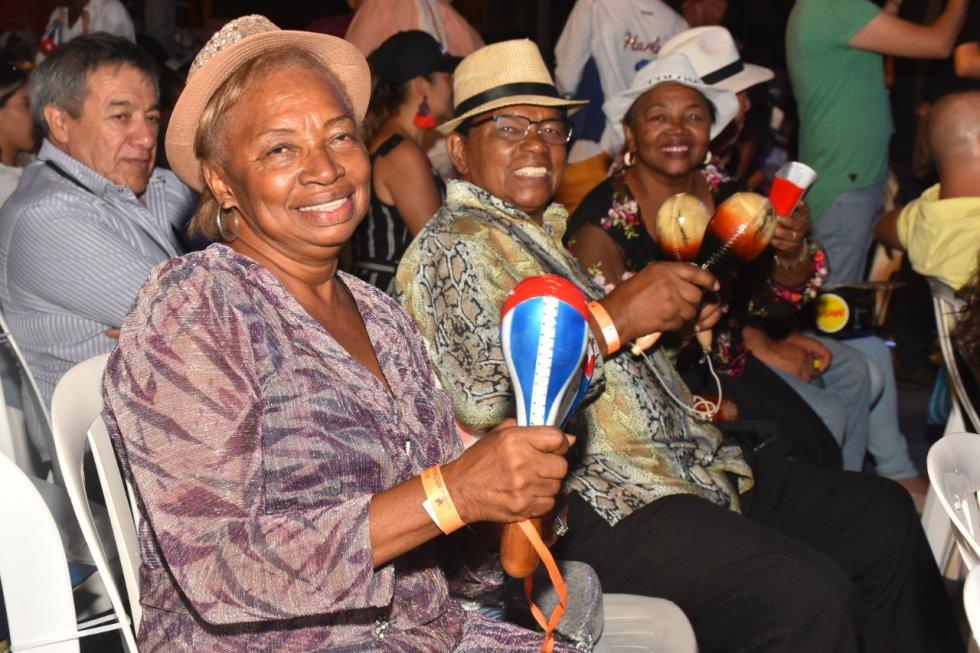 Los asistentes al encuentro de Melomanos recordaron y gozaron la trayectoria de la salsa.