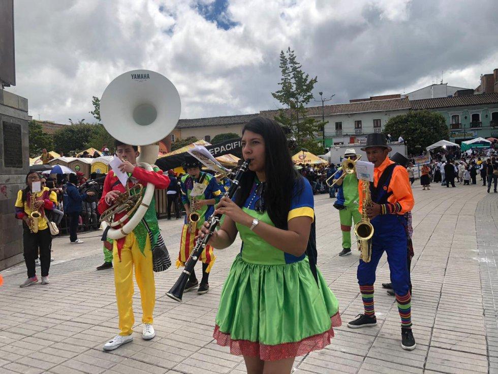 Carnaval de Blancos y Negros: La familia Castañeda llegó al carnaval de Pasto