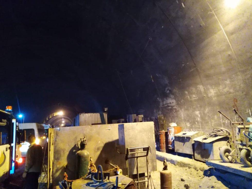El Túnel de la Línea ayudará a los transportadores a tener una disminución en sus costos de más de $292.000 millones por año cuando entre en vigencia, además se disminuye el tiempo de recorrido en 90 minutos para el transporte de carga y 30 minutos para los vehículos livianos.