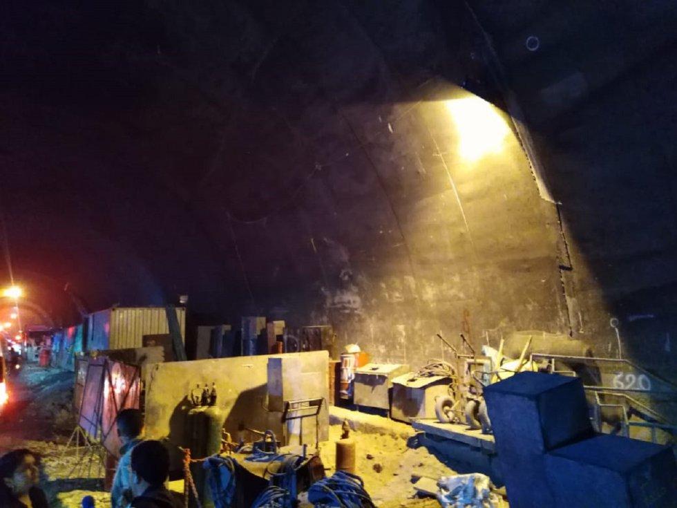El presidente Iván Duque junto con funcionarios del Instituto Nacional de Vías, Invías, desarrolla una inspección a las obras del Túnel de la Línea una de las más importantes de infraestructura para el país, la cual ha tenido varios retrasos, pero se espera en su gobierno culminarla.