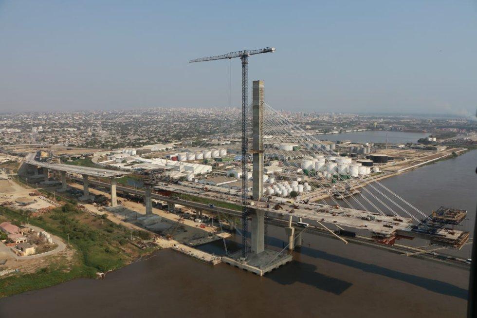 Construcción del nuevo puente Pumarejo
