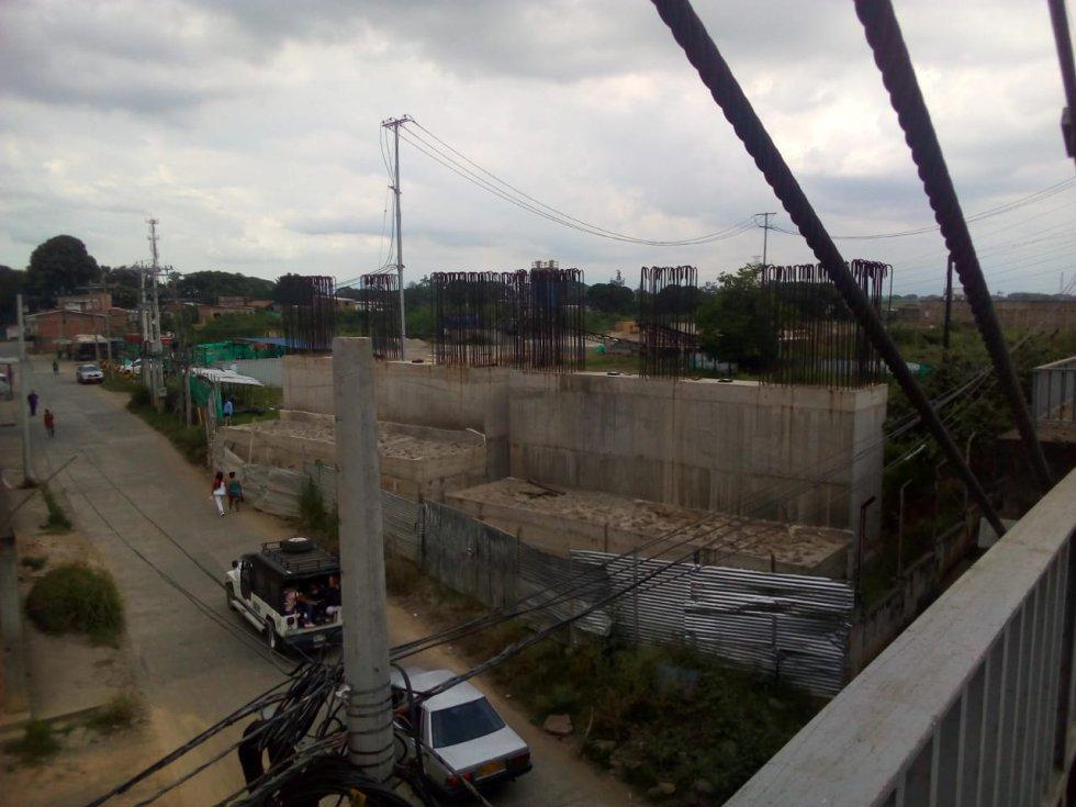 El contratista del puente de Juanchito está ilíquido