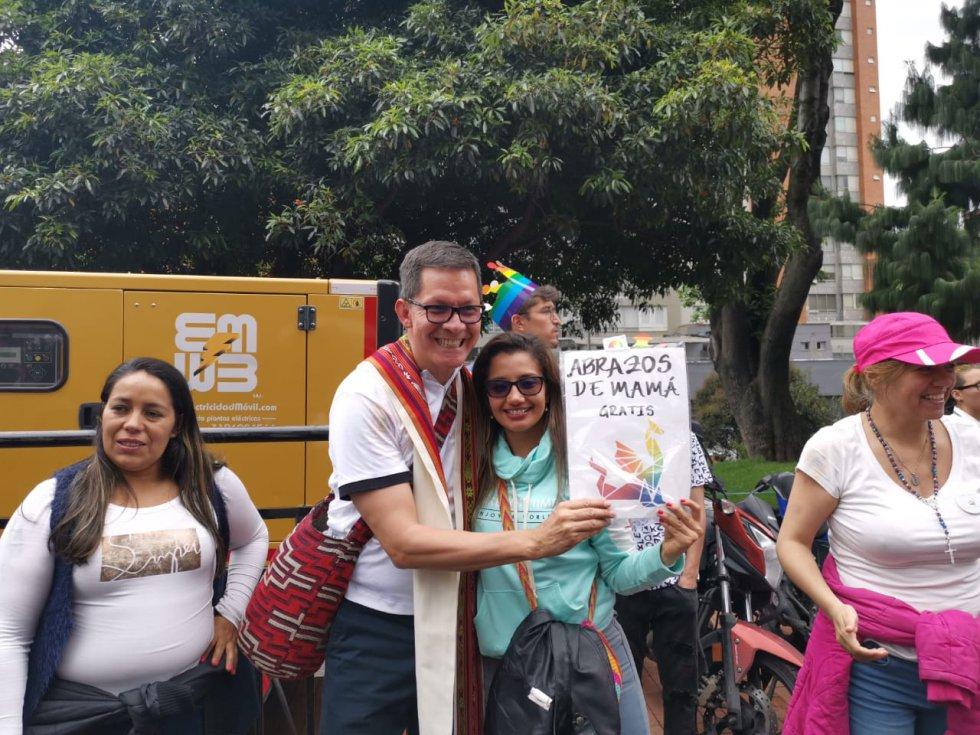 Marcha Pride: ¡Con color! La Bogotá gris celebra la marcha pride