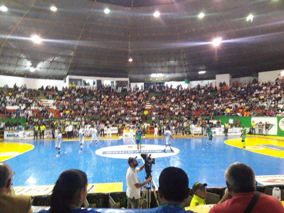 Fiesta Total en el coliseo del sur de Calarcá