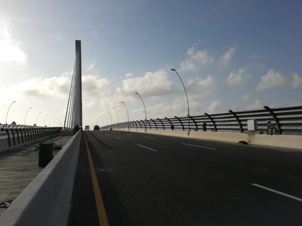 Esta mega-infraestructura tuvo una inversión de $800.000 millones, tiene una longitud de 3.2 kilómetros que conecta a los departamentos del Atlántico y Magdalena